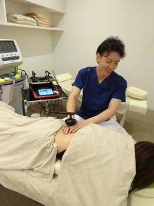 京都では唯一!金メダリストやトップアスリートが使用する最先端治療器フィジオ設置治療院 烏丸鍼灸整骨院