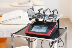 最先端治療機器フィジオ|肩こりや腰痛から解放!トップアスリートが使用するこのフィジオは京都府で烏丸鍼灸整骨院だけしか受けられません!